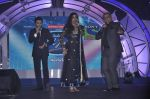 Vishal Dadlani, Shekhar Ravjiani, Shreya Ghoshal at Junior Indian idol press meet in Grand Hyatt, Mumbai on 28th May 2013 (66).JPG