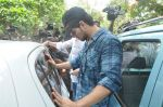 Suraj Pancholi at Jiah Khan_s Final journey in Juhu, Mumbai on 5th June 2013 (100).JPG