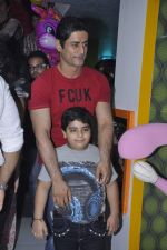 Mohit Raina at Suhana Sinha_s Playaround launch IN aNDHERI, mUMBAI ON 7TH jUNE 2013 (71).JPG