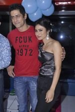 Mohit Raina, Mouni Roy at Suhana Sinha_s Playaround launch IN aNDHERI, mUMBAI ON 7TH jUNE 2013 (66).JPG