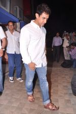 Aamir Khan at Jiah Khan_s prayer meet in Juhu, Mumbai on 8th June 2013 (74).JPG