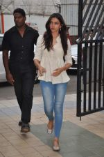 Deepika Padukone at Jiah Khan_s prayer meet in Juhu, Mumbai on 8th June 2013 (41).JPG