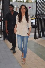 Deepika Padukone at Jiah Khan_s prayer meet in Juhu, Mumbai on 8th June 2013 (44).JPG