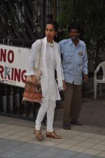 at Jiah Khan_s prayer meet in Juhu, Mumbai on 8th June 2013 (45).JPG