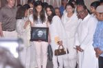 at Jiah Khan_s prayer meet in Juhu, Mumbai on 8th June 2013 (85).JPG