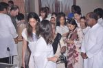 at Jiah Khan_s prayer meet in Juhu, Mumbai on 8th June 2013 (87).JPG