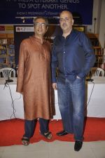 Ashvin Gidwani at the launch of Mahesh Dattan_s black comedy Big Fat City in Crossword, Mumbai on 14th June 2013 (27).JPG