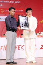 Jackie Chan in India on 18th June 2013 (1).jpg