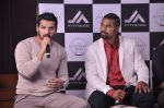 John Abraham and Boxing champion David Haye at the press conference announcing fitness Franchise in Escobar, Bandra, Mumbai on 26th June 2013 (37).JPG