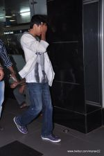 Aryan Khan snapped at airport in Mumbai on 27th June 2013 (4).JPG