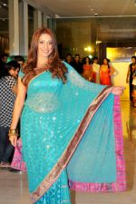 Pooja Misra inaugurates Paris De Salon at Hyatt Regency Pune on 27th June 2013 (2).jpg