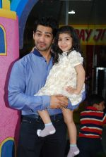 Amit Tandon at Dr. Ruby Tandon_s daughter Jiyana Tandon_s 3rd birthday in Mumbai on 30th June 2013 (2).JPG
