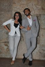 Sonakshi Sinha, Ranveer Singh at Special screening of Lootera by Sonakshi Sinha in Lightbox, Mumbai on 30th June 2013 (74).JPG