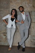Sonakshi Sinha, Ranveer Singh at Special screening of Lootera by Sonakshi Sinha in Lightbox, Mumbai on 30th June 2013 (75).JPG