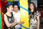 Tulsi Kumar, Bhushan Kumar with Dr. Ruby Tandon at Dr. Ruby Tandon_s daughter Jiyana Tandon_s 3rd birthday in Mumbai on 30th June 2013.JPG