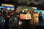 Bhushan Kumar, Rohit Shetty, Shahrukh Khan, Deepika Padukone, Ronnie Screwvala, Nikitin Dheer, Priyamani at the Music Launch of Chennai Express in Mumbai on 3rd July 2013 (51).JPG