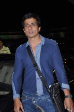 Sonu Sood leave for IIFA Awards 2013 in Mumbai on 3rd July 2013,1 (21).JPG
