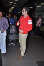 Fardeen Khan returns from IIFA in Airport, Mumbai on 9th July 2013 (8).JPG