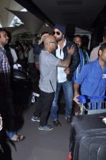 Ranbir Kapoor snapped at airport in Mumbai on 10th July 2013 (16).JPG