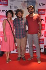 Anand Gandhi, Sohum Shah, Kiran Rao at Ship of Theseus promotion in Reliance Retail, Mumbai on 11th July 2013 (18).JPG