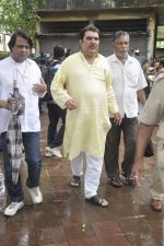 Raza Murad at Pran_s funeral in Mumbai on 12th July 2013 (18).JPG