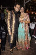 Shweta Tiwari, Abhinav Kohli at Shweta Tiwari_s sangeet in Sheesha Lounge, Mumbai on 12th July 2013 (101).JPG