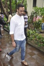 at Pran_s funeral in Mumbai on 12th July 2013 (12).JPG