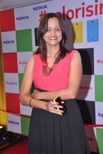 Nisha Harale launches Nokia Colorsin in Airport, Mumbai on 14th July 2013 (21).JPG