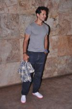 Dino Morea at D-day special screening in Light Box, Mumbai on 18th July 2013 (3).JPG