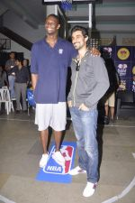 Kunal Kapoor,Chris Bosh at NBA Cares Clinic and Eliter Clinic in Don Bosco School, Matunga on 18th July 2013 (45).JPG