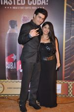 Chandni Bhagwanani, Nishad Vaidya at Gold TV awards red carpet in Mumbai on 20th July 2013 (91).JPG