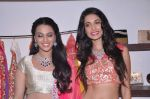 Swara Bhaskar and Sarah Jane at Zanaya store launch in Kemps Corner, Mumbai on 23rd July 2013 (108).JPG