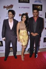 Tusshar Kapoor, Vishakha Singh, Ravi Kissen at Bajatey raho premiere in Mumbai on 25th July 2013 (189).JPG