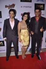 Tusshar Kapoor, Vishakha Singh, Ravi Kissen at Bajatey raho premiere in Mumbai on 25th July 2013 (192).JPG