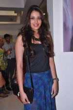 Anushka Ranjan at Neeta-Nishka launch of Jean Calude Bigune store launch in Khar, Mumbai on 25th July 2013 (92).JPG