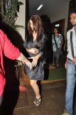 Ileana D_Cruz snapped at Mehboob in Mumbai on 25th July 2013 (5).JPG