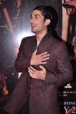 Prateik babbar at Issaq premiere in Mumbai on 25th July 2013 (458).JPG