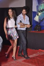 Ileana Dcruz, Shahid Kapoor at the Launch of Tu Mere Agal Bagal Hai song from Phata Poster Nikhla Hero in Mehboob, Mumbai on 26th July 2013 (75).JPG