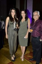 Pooja Bedi, Isha Koppikar, Ramesh Sippy at Kiran Juneja Sippy_s Respond Foundation launch in Mumbai on 26th July 2013 (5).JPG