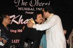 Talat Aziz, Pankaj Udhas at Pankaj Udhas_s Khazana concert in Trident, Mumbai on 26th July 2013 (8).JPG
