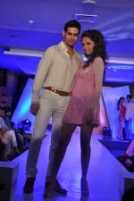 at Bata new collection launch in Thane, Mumbai on 26th July 2013 (46).JPG