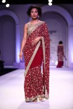 Model walks for Designer Adarsh Gill in Delhi on 27th July 2013 (32).jpg
