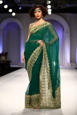 Model walks for Designer Adarsh Gill in Delhi on 27th July 2013 (37).jpg