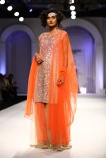 Model walks for Designer Adarsh Gill in Delhi on 27th July 2013 (39).jpg