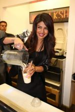 Priyanka Chopra launched her celebrity milkshake The Exotic at world famous Millions of Milkshakes in California on 25th July 2013 (28).jpg