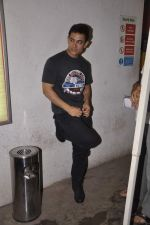Aamir Khan snapped while dubbing for his film in Reliance Mediaworks on 28th July 2013 (22).JPG