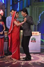 Shahrukh Khan on the sets of Diya aur Baati in Filmcity, Mumbai on 28th July 2013 (32).JPG