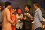 Shahrukh Khan on the sets of Diya aur Baati in Filmcity, Mumbai on 28th July 2013 (4).JPG