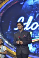 Shahrukh Khan on the sets of Indian Idol Junior in Filmcity, Mumbai on 28th July 2013 (108).JPG