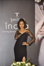 at Tanishq Inara fashion show in Bandra, Mumbai on 28th July 2013 (11).JPG